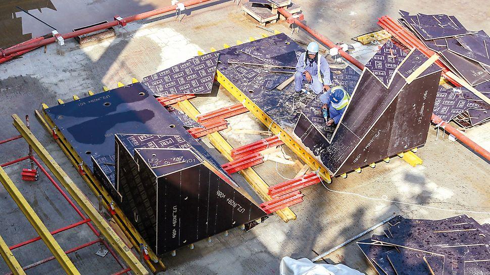 CNC-zugeschnittene Platten wurden passend für die geplante Einsatzzahl vorgefertigt und entsprechend den PERI Montageplänen vor Ort montiert.