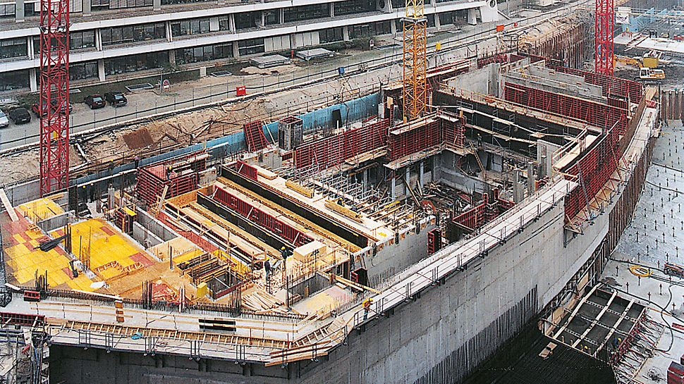 Potsdamer Platz, Berlin, Germany - Climbing formwork with FB 180 climbing brackets and TRIO wall formwork.