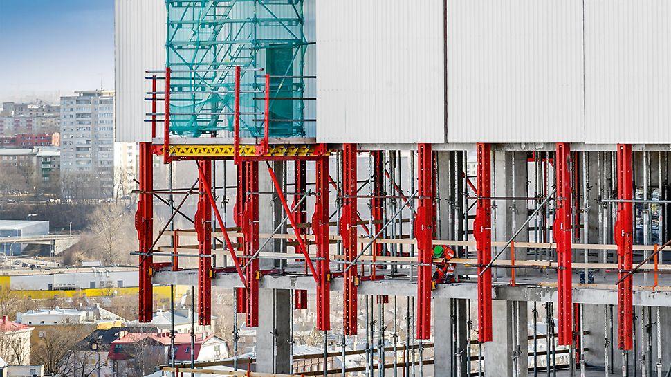 Na gradilištu u Talinu koriste se zaštitni klizni paneli, kao varijanta RCS sistema podizanja po šinama, koji bezbedno i u potpunosti zatvaraju etažu u izgradnji.