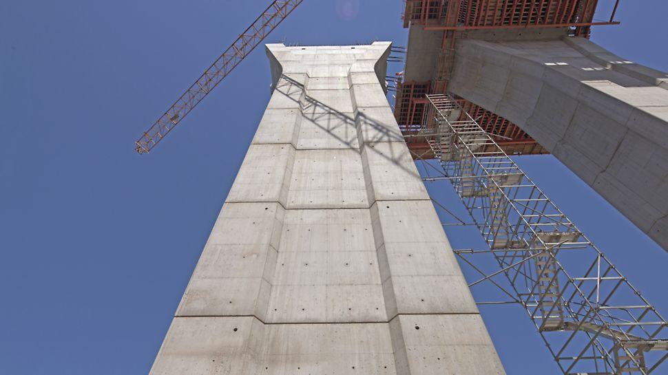 Ponte sobre o Rio Uima - Vista geral da obra