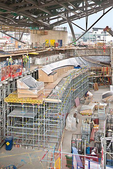 Aquatics Centre, Londýn - jednoduchá montáž priamo na stavbe