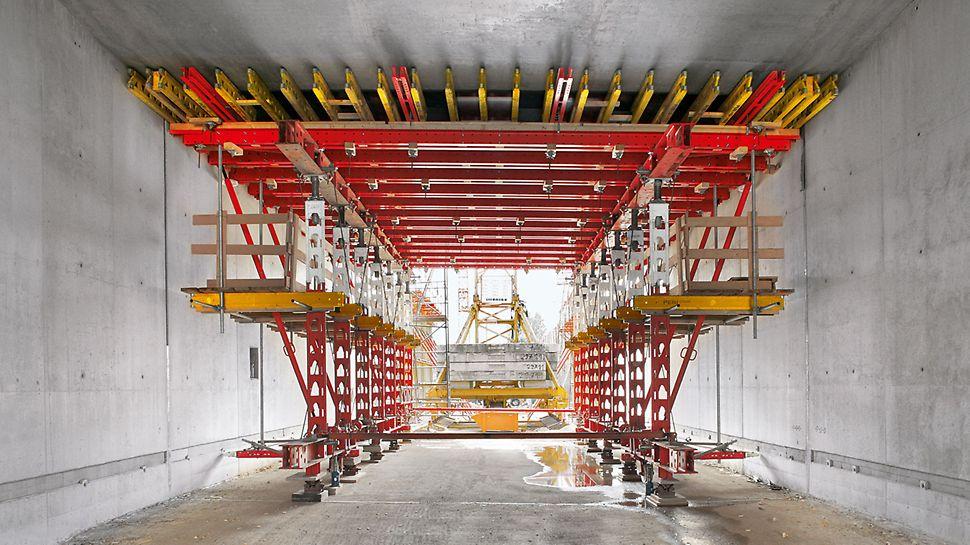 Tunnel Zwickau, Deutschland | Anpassungsfähig, leicht zu handhaben und rasch umsetzbar – mit VARIOKIT im Wochentakt in beide Richtungen