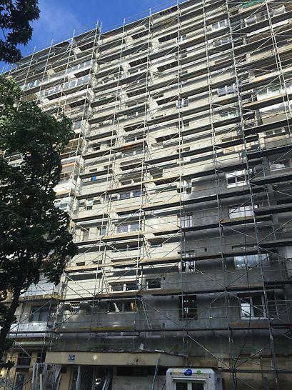 Reabilitare termică Imobil șos. Mihai Bravu nr. 444 - Schelă de fațadă PERI UP T72 dispusă pe o înălțime de 36,0m pentru reabilitarea termică a imobilului Bloc V10.