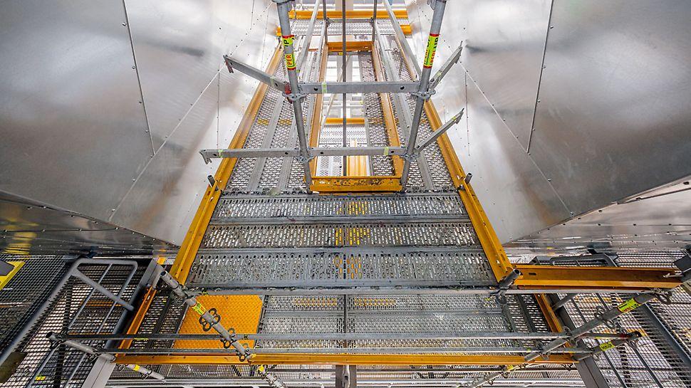 Centrala electrică Eemshaven, Olanda - Pentru schela spațială aferentă pâlniei de filtrare, s-a utilizat sistemul metric al schelei PERI UP ce a permis ca lățimea deschiderii să se  poată diviza după necesitate, fapt ce a fost un avantaj special.