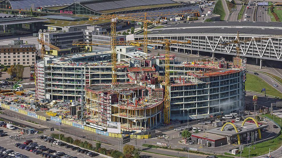 Der Bau des modernen Bürogebäudes New Office Airport in Stuttgart mit direkter Anbindung an Flughafen und Autobahn A8