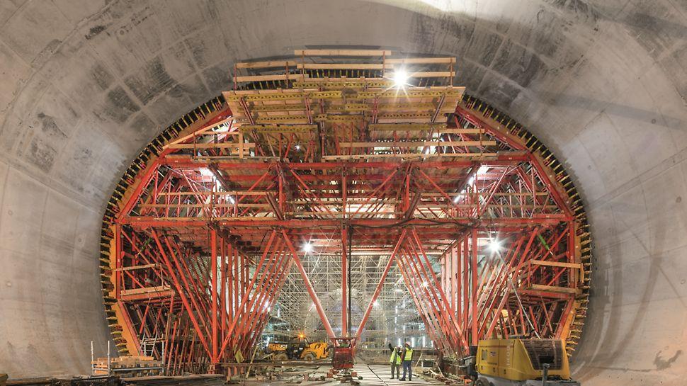 Metro de Argel - Linha e Estações - Carro de cofragem de aço de fabrico especial