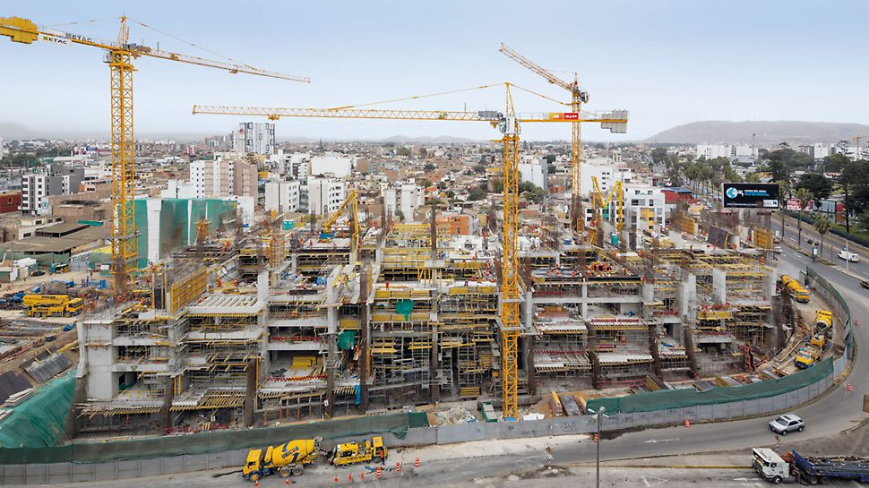 UTEC University Campus, Lima, Peru - With the help of the customized PERI formwork and scaffolding solution, a new campus complex is being realized in Lima – with high architectural requirements and a tight construction schedule.