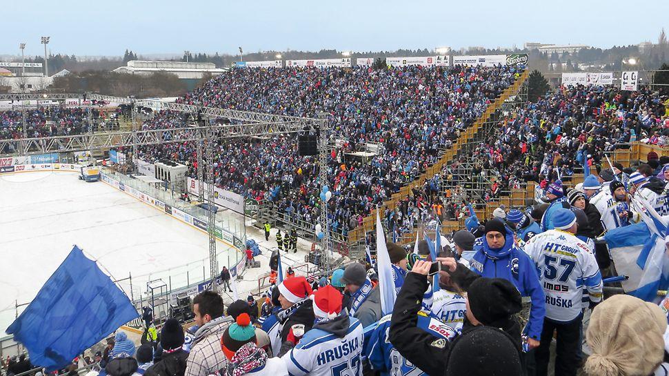 Winter Classic Lužánky, Brno: Hokejové hry navštívilo během 10 dnů celkem 60 tisíc diváků. A byl také vytvořen nový rekord ELH - 21 500 diváků na jedno utkání.
