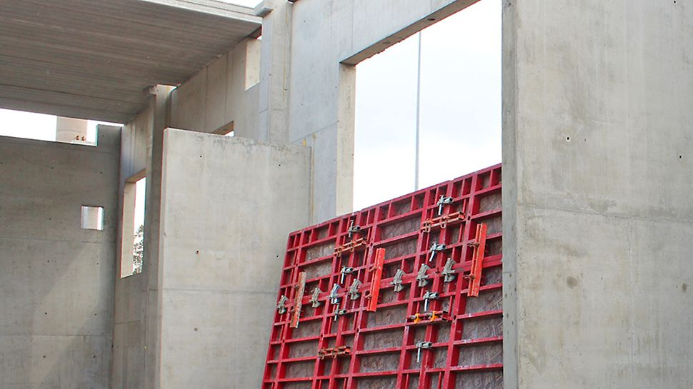 Siistit ja tyylikkäät betonipinnat saatiin aikaan MAXIMO-järjestelmällä.