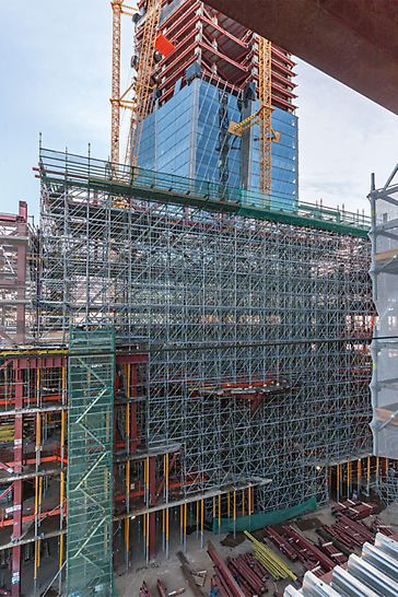 The PERI solution also included a wide range of shoring solutions for use within the multi-purpose building. With the PERI UP Flex Modular Scaffolding, high loads could be efficiently transferred over large heights.