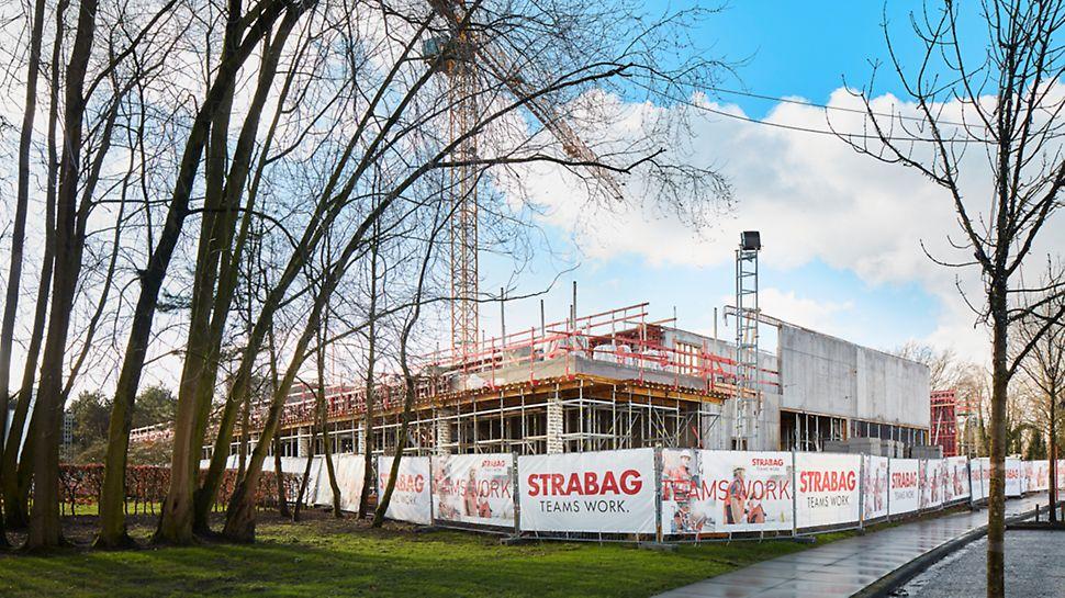 Strabag construit le nouveau centre culturel Leietheater en béton apparent. Strabag a opté pour le coffrage de voiles pour MAXIMO avec le système d'ancrage MX à manipulation unilatérale.