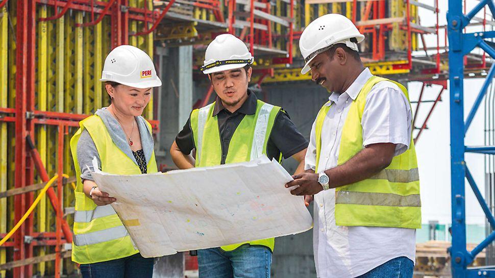 Professzionális építéshelyi támogatás PERI szakértőkkel