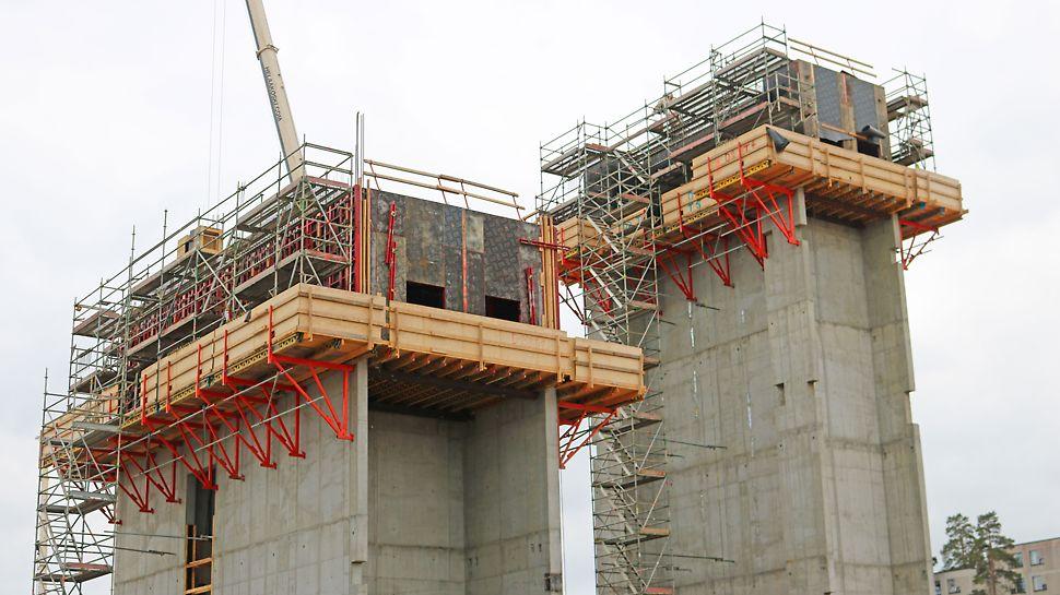 CB 240 -kiipeilykonsolit olivat ehdottoman järkevä ratkaisu tässä kohteessa, jotta betonipinnan laatu saatiin kerralla riittävän tasaiseksi.
