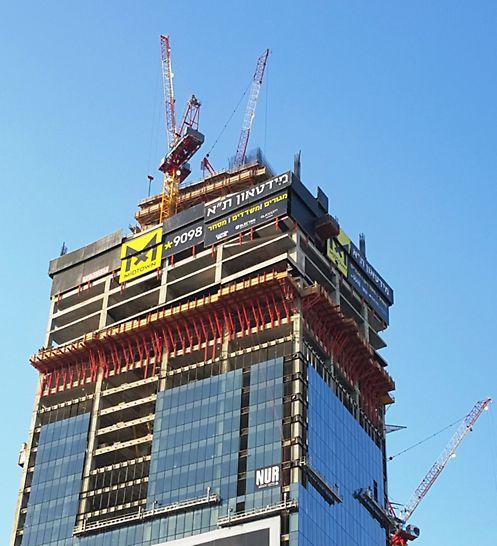 מידטאון תל אביב - מגדל המשרדים - קומה מסתובבת