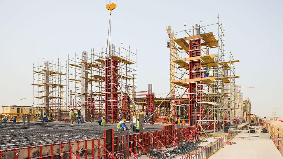 Bau der Barwa Commercial Avenue mit PERI UP Rosett Gerüsteinheiten