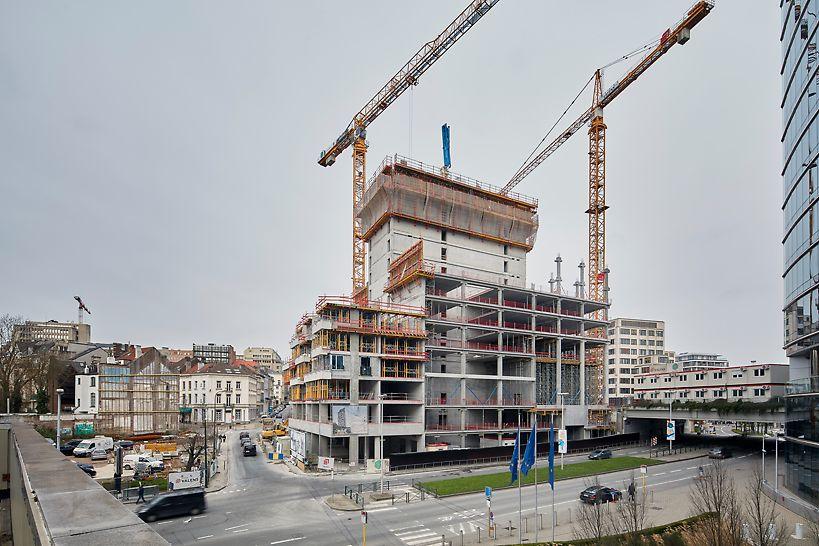 In de zakelijke wijk aan de Wetstraat wordt met man en macht gewerkt aan één van de meest prestigieuze vastgoedprojecten ooit in Brussel: The One Brussels Europa.