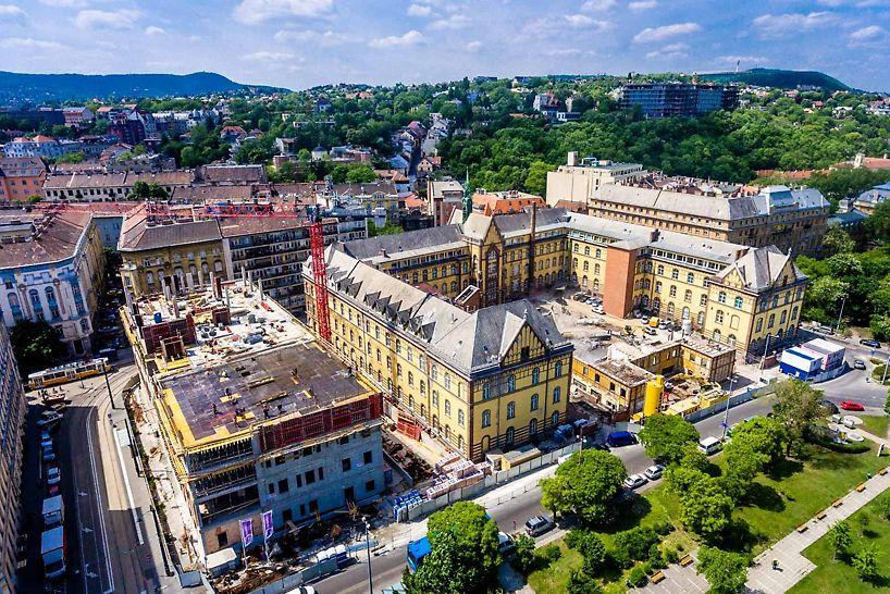A projekt részeként az intézmény egy új hotelszárnyat és egy központi épületet kap, valamint a teljes műemléki épületet felújítják. Fotó: Bernát Benjámin/magyarepitok.hu