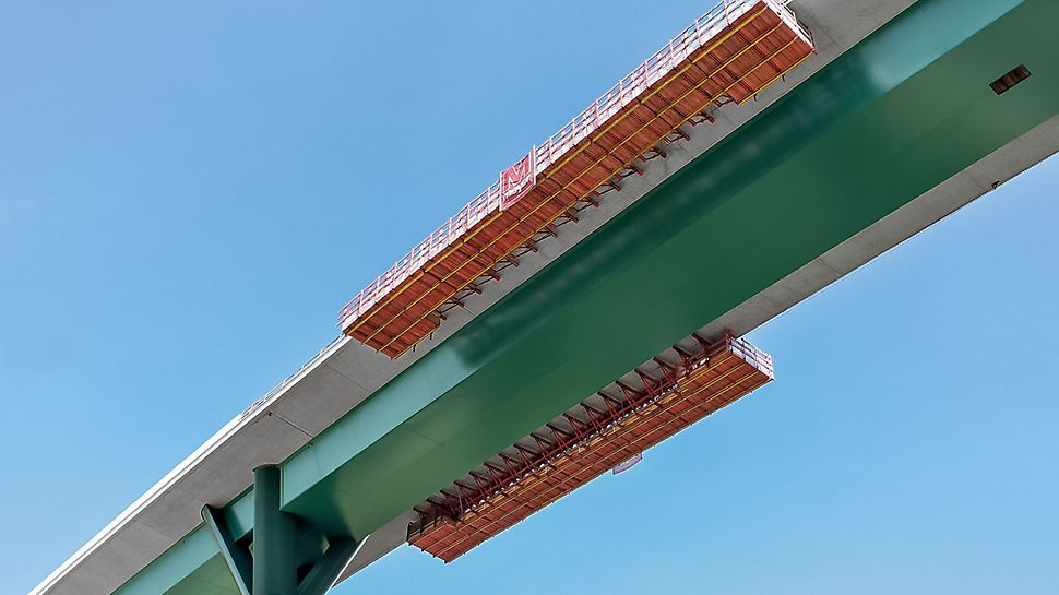 New Construction of the Ruhrtal Bridge, Bermecke, Germany | Gaining momentum: VGB accelerates concreting of the cantilevered parapets