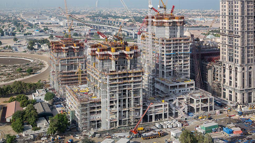 Progetti PERI - Al Habtoor City Towers, Dubai - 3 grattacieli, alti sino a 300 metri, crescono con cicli di getto di 5 giorni