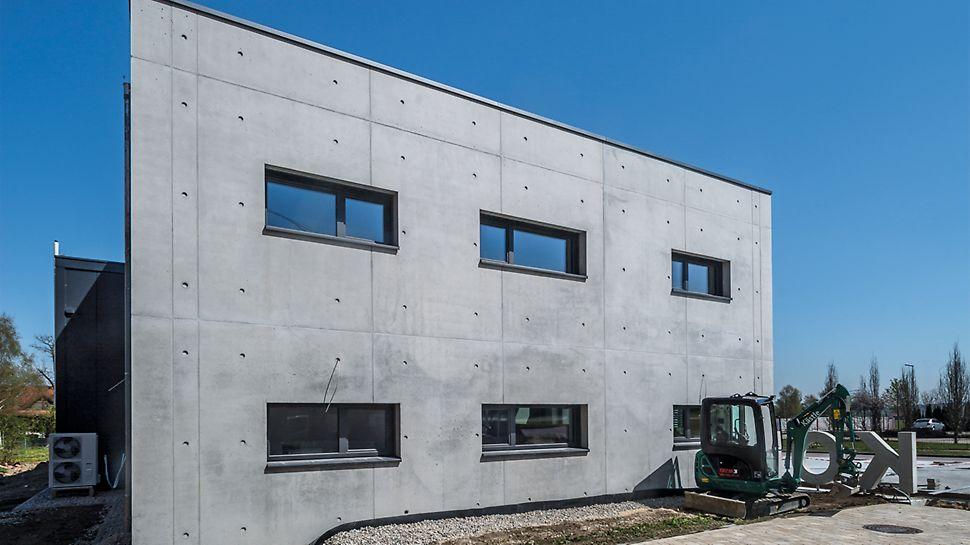 Die MAXIMO Rahmenschalung sorgt für sehenswerte Betonflächen mit einem klar geordneten Fugen- und Ankerraster.