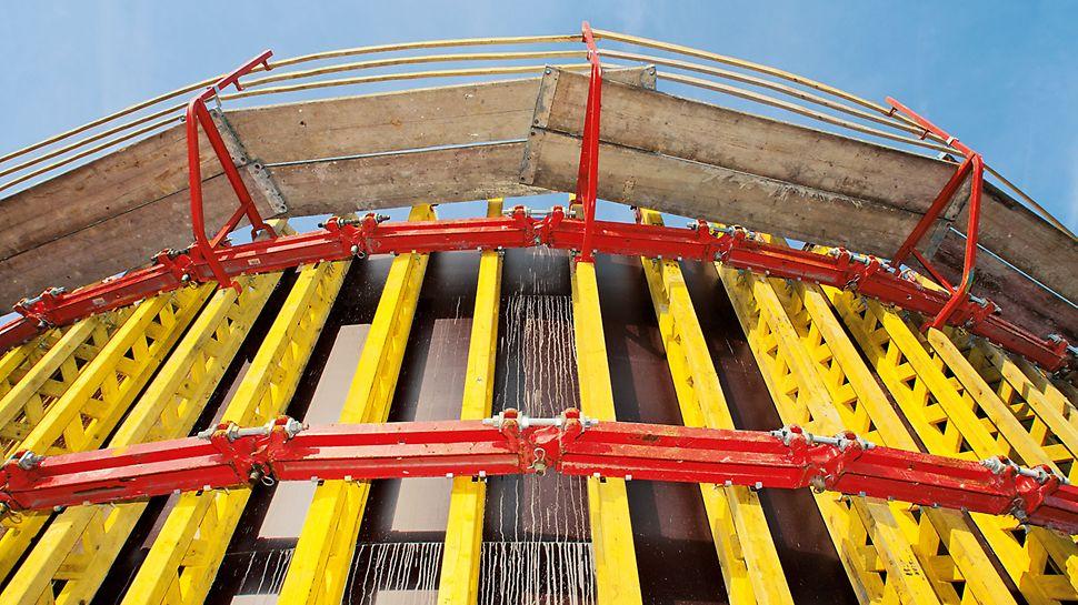 Für die GRV Rundschalung gibt es vier verschiedene Gelenkriegel, die unterschiedliche Bogenradien ermöglichen – bis zu einem Minimum von 0,90 m für den Gelenkriegel mit 300 mm Länge.