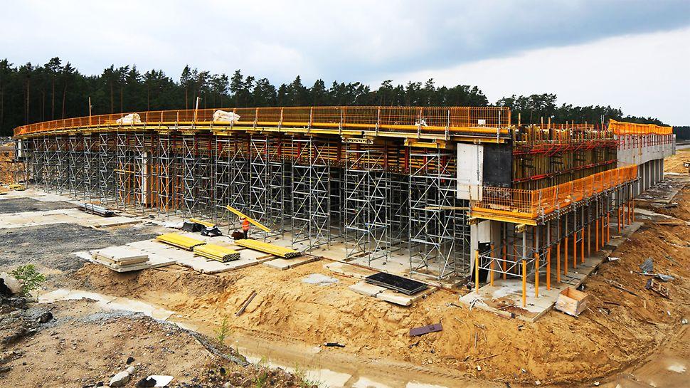 Szeroka paleta wież podporowych oraz ukierunkowanie inżynierów PERI na zagadnienia ekonomii budowy, gwarantują optymalne rozwiązania dla każdego typu zadania.