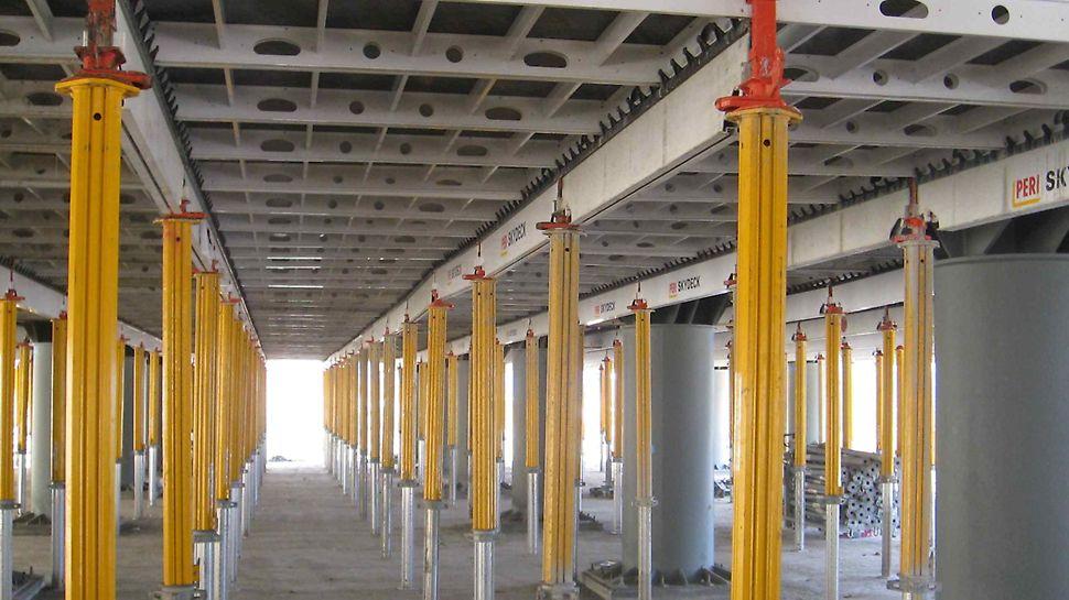 Progetto C.A.S.E. | L'Aquila, 21.000 puntelli PEP in acciaio e MULTIPROP in alluminio: leggeri e ad alta portata