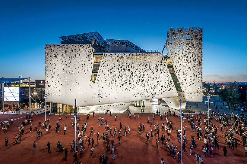 Der Palazzo Italia: Unter 68 Entwürfen gingen Nemesi&Partners als Sieger eines internationalen Architektenwettbewerbs hervor.