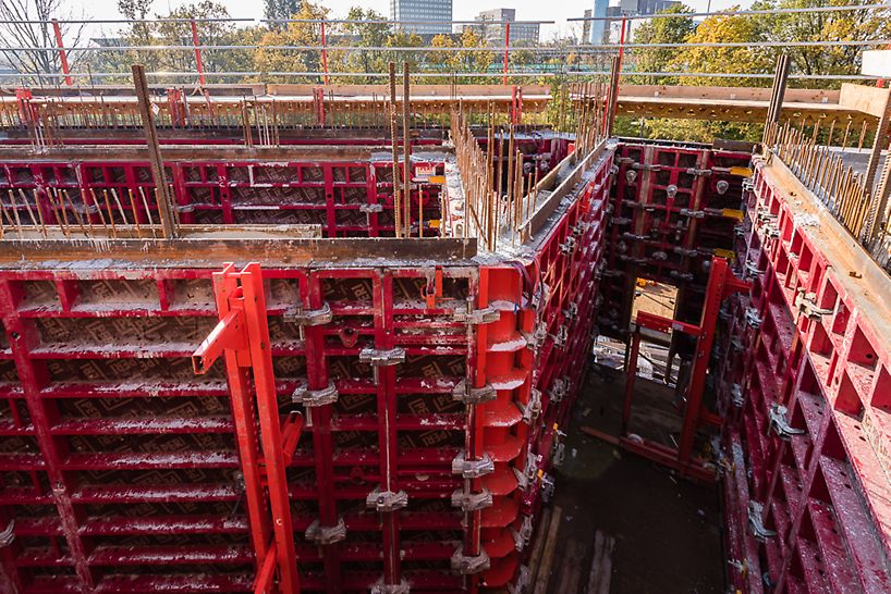 MAXIMO wandbekisting zorgt voor een aanzienlijk snellere doorlooptijd van de opbouw van de kern.