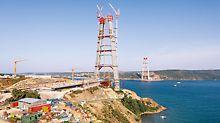 Třetí bosporský most, most s nejvyššími mostními pylony z betonu na světě, po dokončení v roce 2015 propojí evropský a asijský kontinent