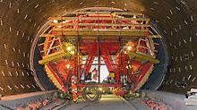 For load combinations in tunnel, bridge and building construction, PERI provides for the first time a construction kit consisting of standardized, rentable system components and connecting elements. Systemløsning for tunnel, bro og bygningskonstruksjoner.  PERI tilbyr for første gang et byggesett bestående av standarddeler. Et leiesystem med standard komponenter og sammenkoblingsdeler.