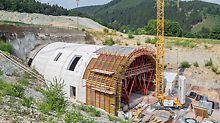 kurzer Tunnelportal mit VARIOKIT Systembauteilen