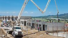 Zur bauma 2010 präsentiert PERI erstmals die UNO. Mit UNO werden Wände, Stützen, Decken, Unterzüge und Treppen eingeschalt und in monolithischer Bauweise gleichzeitig betoniert. UNO ist die schnelle und wirtschaftliche Lösung zum Schalen von Wohnbauten mit sich häufig wiederholenden Grundrissen.