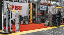 PERI stellte neben dem Fassadengerüst PERI UP Easy auch die Systemschalung DUO aus, die universelle Leichtschalung für Wände, Fundamente, Säulen und Decken.