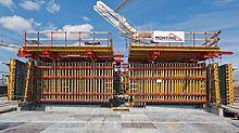 Warsaw Spire - Con la progettazione ad hoc della cassaforma per pareti VARIO GT 24, il team di cantiere è stata in grado di garantire un'elevate qualità delle superfici in particolare delle pareti ellittiche del core
