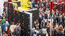 The DUO Formwork System celebrated its world premiere in Munich at the international trade fair, bauma 2016. The innovative product made a very convincing case with its very light system components as well as easy handling. In addition, the system components can be used for forming walls, columns and slabs.