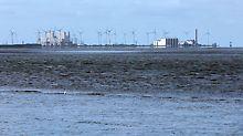 Elektrárna Eemshaven (vlevo na obr.) je důležitou základnou modernizace a zabezpečení dodávek energie v Holandsku ve spojení s využitím větrné a sluneční energie.