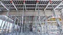 Thanks to the systematic assembly sequence, the SKYDECK Panel Slab Formwork facilitated fast and safe forming of the slabs in the areas between the beams – the panel size determined the position of the props which eliminated the need for any measuring. For larger supporting heights, SKYDECK was also used with MULTIPROP MP 625 Props.