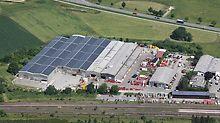 Konkurent Schaltec je součástí skupiny PERI. Firma PERI tím rozšiřuje spektrum výkonů vhodnými službami - opravami a obchodováním s použitým materiálem.