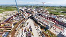Zaha Hadid'iga projekteeritud jaam on silla kujuga betoonist, klaasist ja terasest ehitis, mida iseloomustab kaarkujuliste elementide suur arv. (Foto: PERI GmbH)