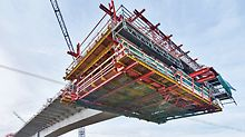 For complex projects in civil engineering bridge construction, e.g. balanced cantilever solutions, PERI now provides even better support for its customers.