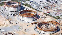 Mit PERI Know-how entstehen im amerikanischen Bundesstaat Louisiana drei riesige Flüssiggastanks. Jedes Bauwerk weist 80 m Durchmesser und eine Wandhöhe von 44 m auf.