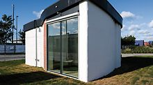 """A Copenhague, le """"BOD"""" (""""Building on Demand"""") a été imprimé avec une imprimante à béton COBOD 3D. Cet immeuble de bureaux est le premier bâtiment imprimé en 3D en Europe. (Photo : PERI GmbH)"""