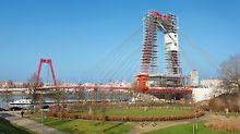 Sanovaný most Willem je důležitým spojením severní a jižní části města Rotterdam. Neomezený a bezpečný provoz na mostě musel být proto zajištěn i během montáže lešení a sanačních prací.