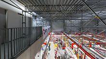 Der Übergang zur seitlichen Galerie wurde mithilfe des modularen PERI UP Flex Systemgitterträgers ULS realisiert.