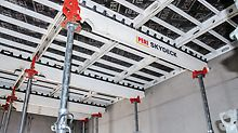 Early striking with the drophead system reduced on-site material requirements of the SKYDECK Slab Formwork. The simple, systematic assembly sequence and the low number of slab props allowed fast forming operations and also saved valuable time.