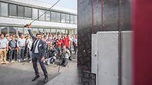 Der neue PERI Standort in Belgien wurde feierlich von Alexander Schwörer, Geschäftsführer für Marketing und Vertrieb der PERI Gruppe, eingeweiht.