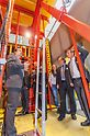 On the basis of the live product demonstrations, the professors were able to familiarize themselves in greater detail with the innovative solutions such as the ACS Core 400 core self-climbing formwork.