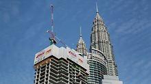 Nach der Fertigstellung wird das 77-geschossige Gebäude insgesamt 324,5 m Höhe erreicht haben.