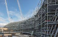 Üheks eelduseks oli, et tellingud kohanduksid ehitise geomeetriale ja ulatuksid nõutud punktideni, et võtta vastu koormused. (Photo: PERI GmbH)
